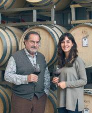 karas wines: Мишель Роллан и Хулиана дель Агила